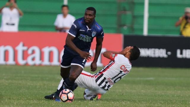 Fred anota cuatro en goleada de Atlético Mineiro en Copa Libertadores
