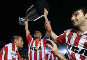 Estudiantes, en 2009, fue el último equipo campeón fuera de su estadio.