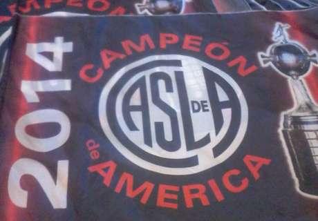 Las banderas de San Lorenzo campeón
