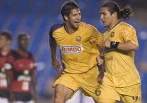 Los Octavos de Final de 2008 tuvieron a una serie tremenda. Flamengo ganó en México 4-2, pero, de la mano de Salvador Cabañas, América lo dio vuelta: 3-0 en Brasil.