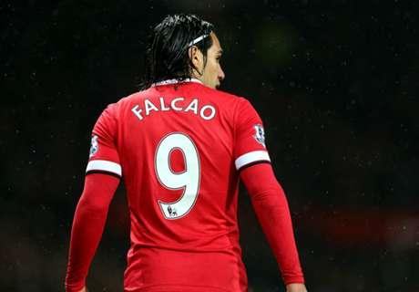 Martial, Charlton, Falcao et les numéros 9 de Manchester United