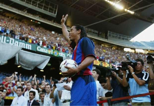Ronaldinho en tête d'affiche au match des légendes Barcelone-United