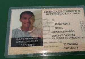 Alexis Sánchez fue frenado por la policía tras conducir a 150km en una autopista de Santiago de Chile. Aquí, un repaso por otros que también tuvieron problemas al volante...