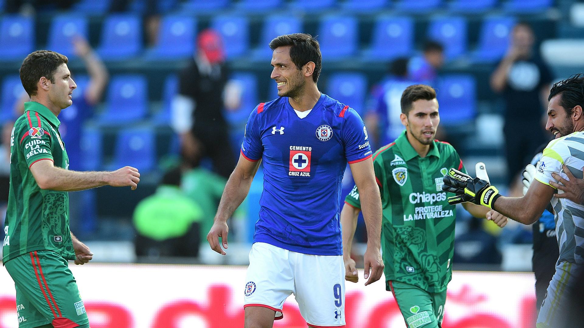 Cruz Azul oficializa salida del mediocampista argentino Ariel Rojas