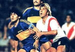 Com um século de confrontos oficiais, a história do River Plate e Boca Juniors deixou nomes, datas e números para se lembrar.