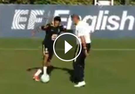 ► Neymar le quiso tirar un caño a Tite