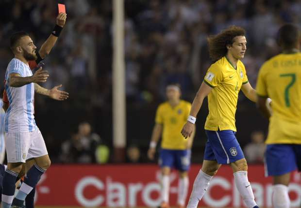 David Luiz rentre à Paris