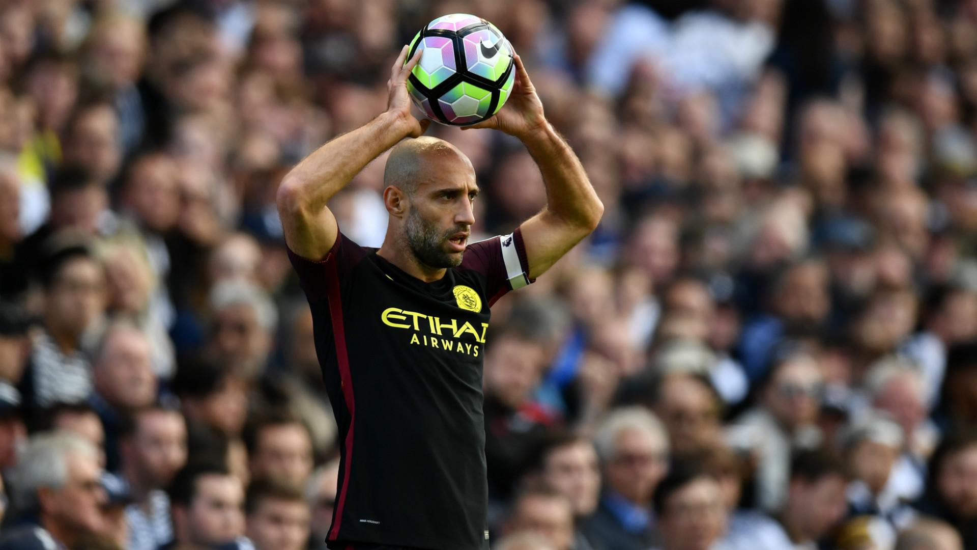 Pablo Zabaleta Manchester City 02102016