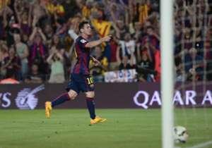 1) Barcelona 3-0 Elche | La Liga | 24/08/2014 | Messi se estrenó en Liga ante Elche, con un buen remate cruzado.