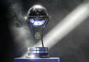 Se disputa la 16ta. edición de la Copa Sudamericana. A continuación, un repaso por las 15 definiciones anteriores.