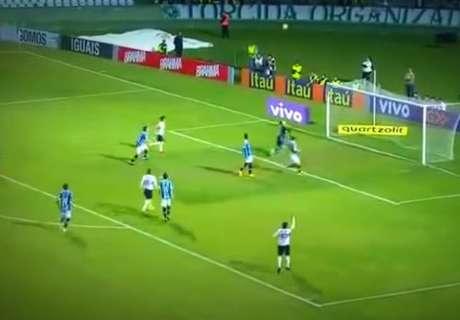 ¿El gol en contra más ridículo?
