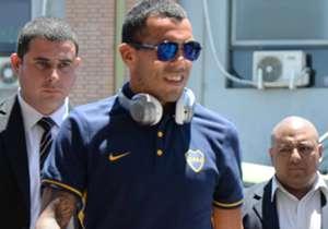 Nel giorno del suo trentaduesimo compleanno Goal raccoglie la carriera di Tevez in foto. Dal debutto con il Boca, alle stagioni con la Juventus fino al ritorno in Argentina.