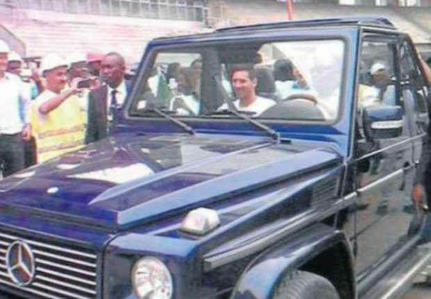 El presidente de un país africano se transformó en chofer de Messi