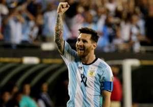 Argentina 5-0 Panamá   11 de junio de 2016   Con tres goles contra Panamá, Messi se muestra como el mejor jugador de la selección argentina. Totalmente recuperado de sus molestias, fue clave en la goleada a Panamá.