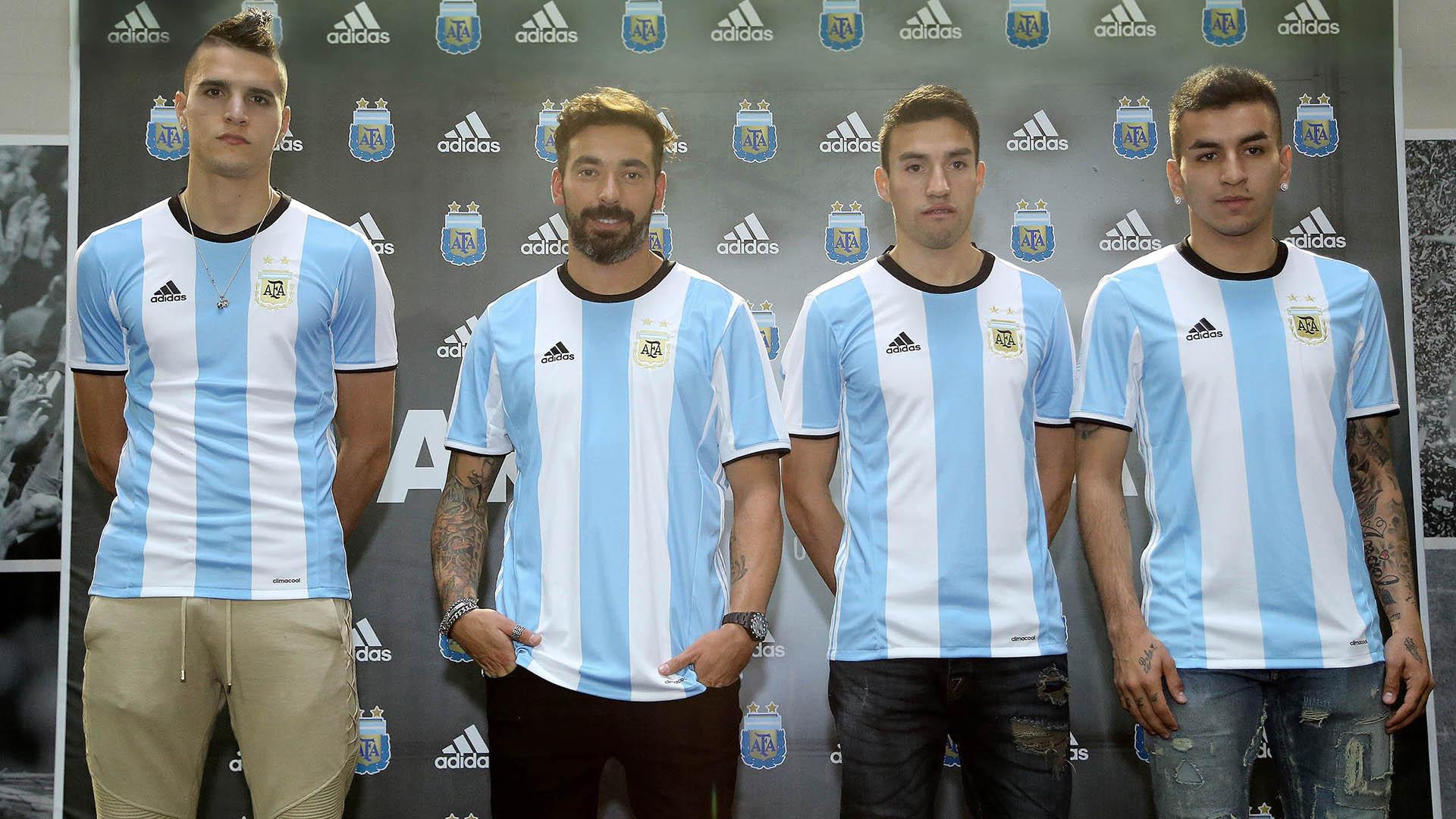 Yükle (1600x900)DLS 16 Mod Argentina De LujoDLS 16 Mod Argentina De Lujo. Adidas  Juventus Home 2015 2016 Mens Soccer Jersey - Men  s Soccer 5084960 Online bf26438e3