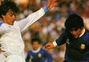 09/09/1987: A pesar de ser los dos países más ganadores de la historia del certamen, Argentina y Uruguay nunca disputaron una final de Copa América. Lo más cerca que estuvieron fue en la edición de 1987, cuando la Celeste se impuso 1-0 en las semifinal...