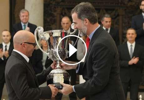 ► Sampaoli fue premiado en España