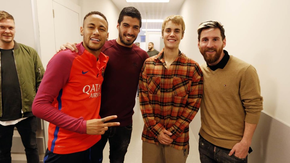 Neymar Luis Suarez Justin Bieber Lionel Messi Barcelona training session 21112016