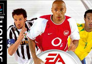 Un repaso por todas las tapas del juego de fútbol más popular del mundo. La primera, del 2004.