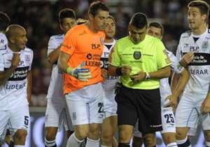 El árbitro tuvo una actuación muy pobre en la cancha del Granate.