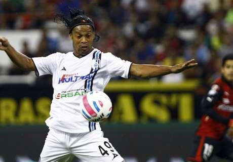 VIDEO: Ronaldinho's back-heel showboat