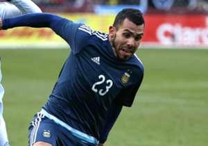 Carlitos jugó 77 minutos. Se fue reemplazado por Pastore.