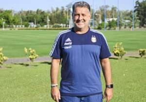 El entrenador de la Selección argentina admitió que tiene una lista de 50 nombres que podrían ir a los Juegos Olímpicos. La convocatoria para el torneo será de sólo 18 jugadores.