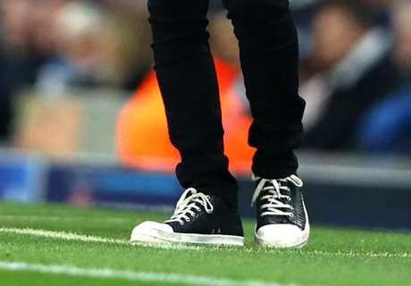 Elegancia en zapatillas de un DT
