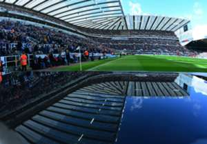 <p><strong>Sports Direct Arena (St. James Park): Newcastle, İngiltere</strong></p> <p><strong>Açılış yılı: </strong>1892</p> <p><strong>Kapasite:</strong> 52,000</p> <p><strong>Takım: </strong>Newcastle United FC</p>