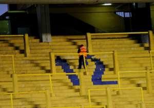 La desolación de las tribunas del estadio de Boca.