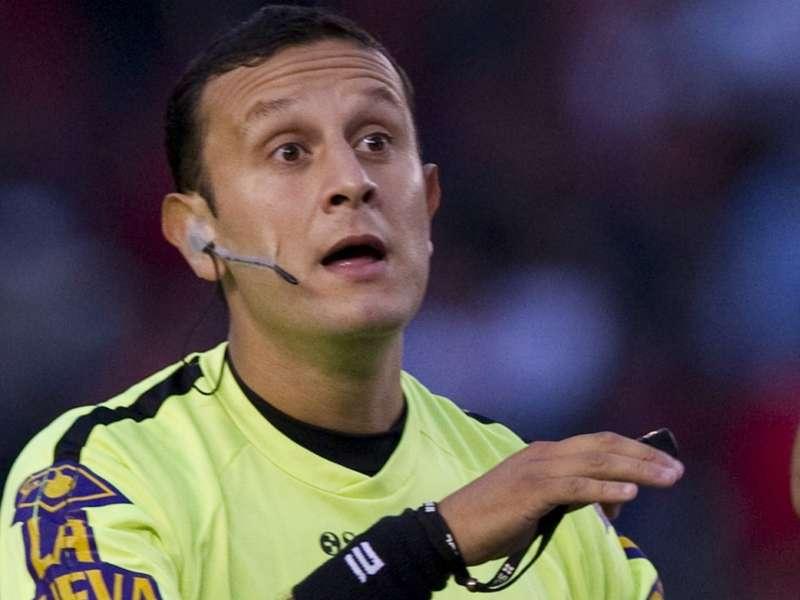 Darío Herrera, el árbitro del tercer Superclásico