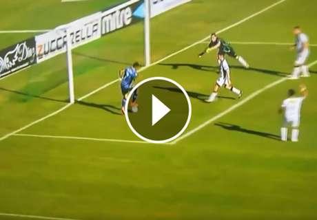► ¡Insólito el gol que erró!