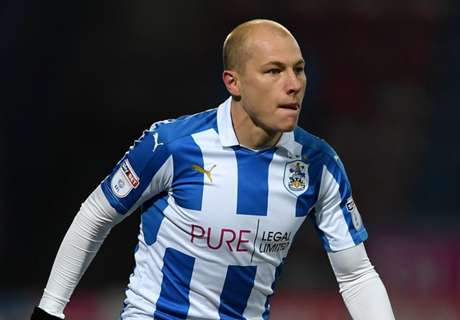 Mooy starts 2017 in winning form