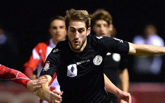 Melbourne Knights threaten to sue FFA