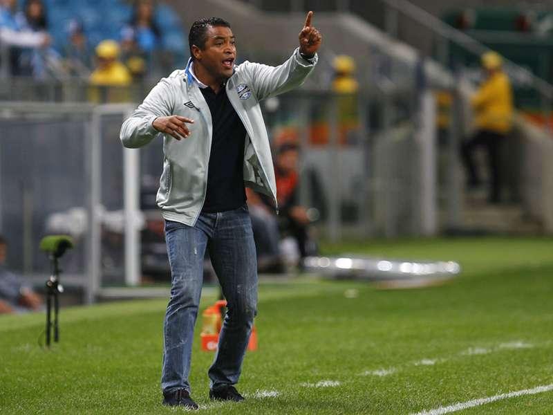 Após vitória sobre o Avaí, Roger quer Grêmio focado na Copa do Brasil