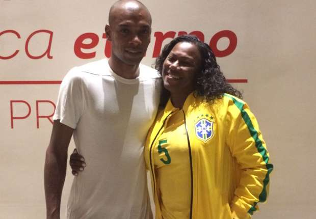 I couldn't miss his big night - Fernandinho bests Messi as he and his mother find Mineirao redemption