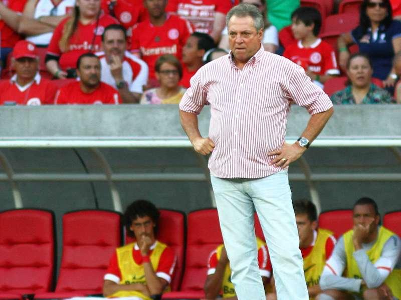 Ora Bolas: Flamengo e Abel Braga fecham acordo