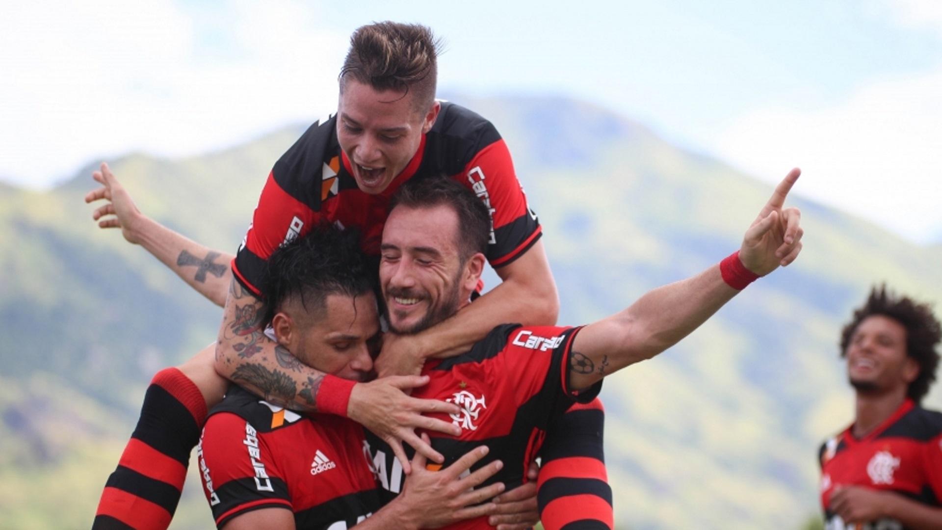 Flamengo dá show e goleia o Nova Iguaçu por 4 a 0