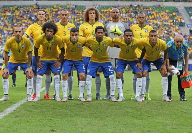 Neymar com a 10 e Firmino com a 11  Brasil divulga numeração da Copa  América - Goal.com 51c16133ee6b4