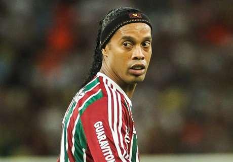 EXTRA TIME: Ronaldinho's sad selfie