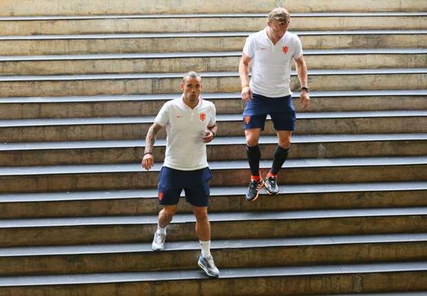 Wesley Sneijder and Dork Kuyt - Netherlands - World Cup 120714