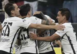 Jô, Rodriguinho, Jadson, Romero.... Muitos jogadores do Corinthians já mostraram que brigarão pela artilharia nesta temporada. Confira quem é até aqui o maior goleador do Timão em 2017!