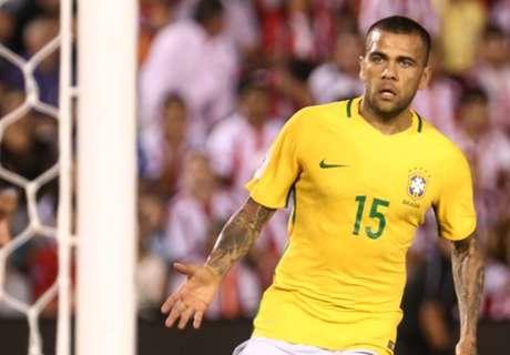 Dani Alves a doubt for Copa America