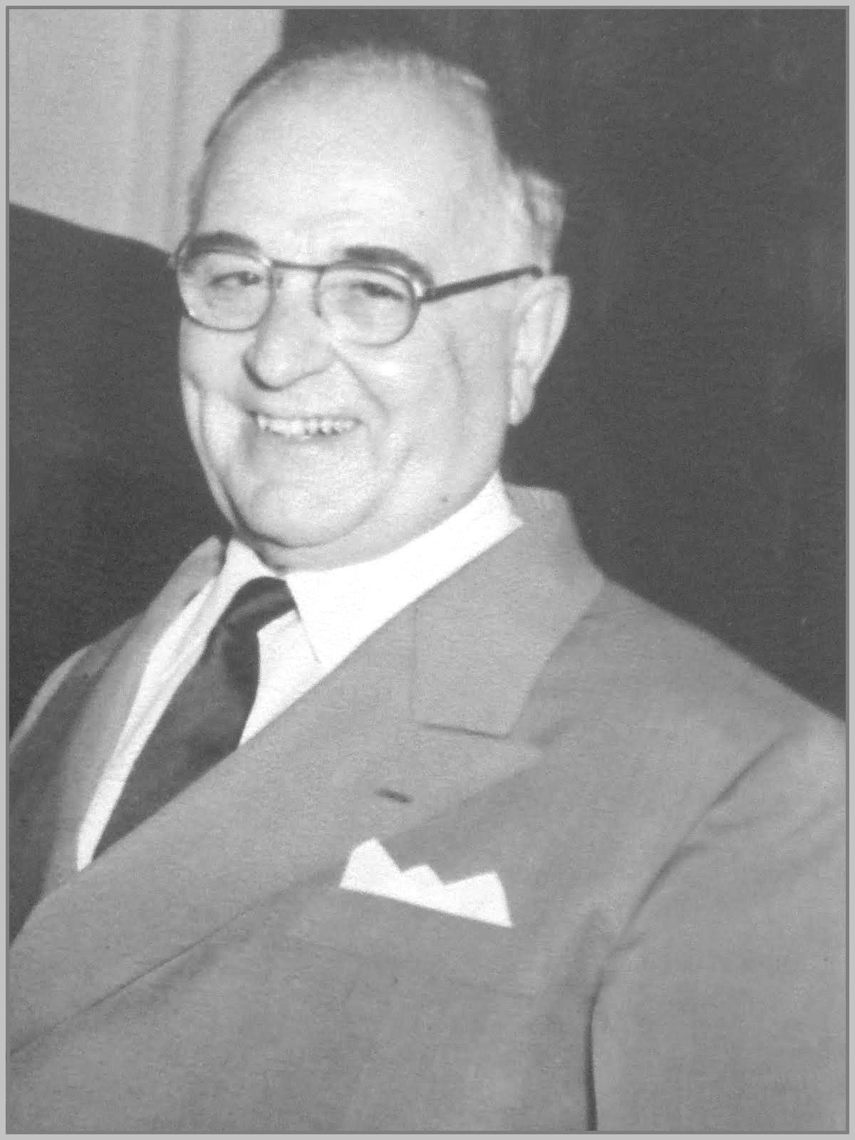 Getúlio Vargas ex-presidente do Brasil e torcedor do