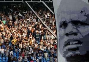 Na goleada de 5 a 0 sobre o Sampaio Corrêa, Jefferson completou 387 jogos pelo Botafogo. Ao lado de Osmar, é o décimo atleta que mais vezes defendeu o clube