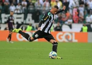 Leandro Silva (Figueirense): 61 faltas cometidas em 31 jogos