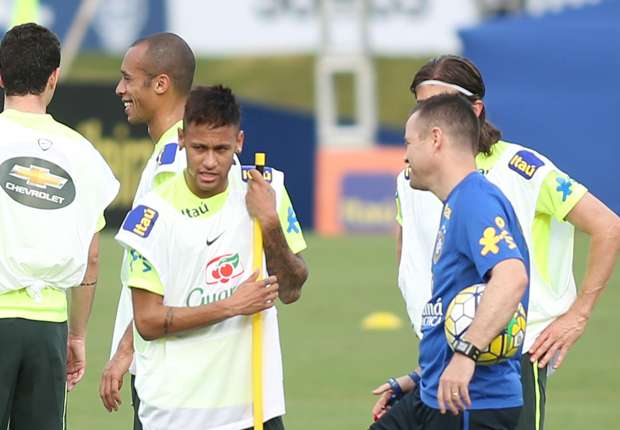 Neymar, Willian and Douglas Costa in attack as Dunga reveals Brazil team to face Uruguay