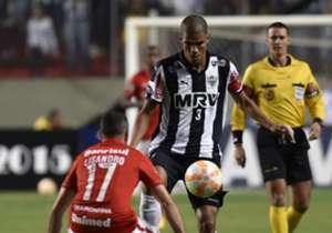 Leonardo Silva garantiu o empate para o Galo no último minuto