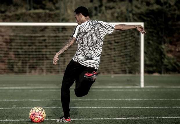 94918ec393ba8 Neymar apresenta sua nova chuteira - Goal.com