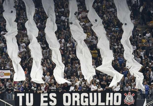 Corinthians, 2 X 0 no Palmeiras. É o super líder!